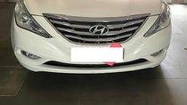 Bán Hyundai Sonata 2.0 AT đời 2011, màu trắng, xe nhập, giá tốt