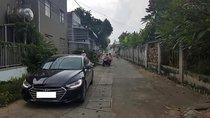 Bán Hyundai Elantra GLS đời 2017, màu đen, xe gia đình
