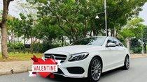 Cần bán xe Mercedes C300 AMG 2017 tự động màu trắng