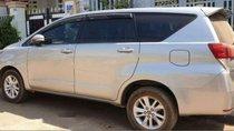 Cần bán lại xe Toyota Innova 2.0E đời 2016, màu trắng, 670tr