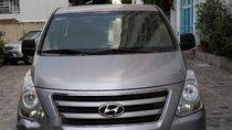 Bán Hyundai Grand Starex đời 2017, màu bạc, nhập khẩu, giá 920tr