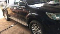 Cần bán lại xe Toyota Hilux năm sản xuất 2014, màu đen, xe nhập Thái