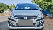 Bán Suzuki Ertiga 2017 màu trắng bạc, số tự động, nhập khẩu
