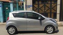 Cần bán xe Chevrolet Spark 2016, số tự động, màu bạc
