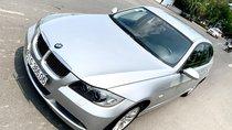 Xe BMW 325i nhập 2008, số tự động form mới, nhà mua mới trùm mền ít đi lại