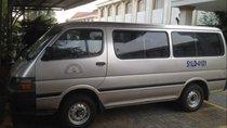 Bán Toyota Hiace đời 2003, thời gian sử dụng xe: 15 năm