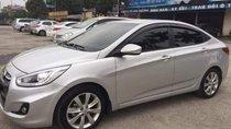 Cần bán gấp Hyundai Accent 1.4 2016, màu bạc, xe nhập
