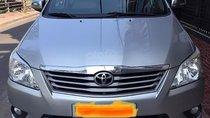 Cần bán gấp Toyota Innova 2.0G sản xuất năm 2012, màu bạc