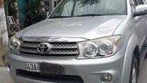 Bán Toyota Fortuner 2.7V 4x4 AT năm 2009, màu bạc, máy êm ru