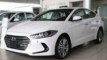 Bán ô tô Hyundai Elantra 2.0AT sản xuất 2019, màu trắng