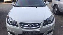 Cần bán Hyundai Avante năm sản xuất 2011, màu trắng, nhập khẩu chính chủ