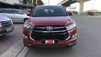 Cần bán xe Toyota Innova năm sản xuất 2018, màu đỏ, giá tốt
