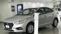 Hyundai Accent 1.4MT Base màu bạc, xe giao ngay, giá KM kèm quà tặng có giá trị, hỗ trợ vay trả góp. LH: 0903175312