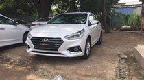 Hyundai Accent 1.4 AT TC màu trắng xe giao ngay, giá Km kèm quà tặng có giá trị, hỗ trợ vay trả góp. LH: 0903175312