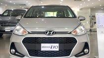 Hyundai Grand I10 1.2 MT Base màu bạc, xe giao ngay, hỗ trợ đăng ký Grab, hỗ trợ vay trả góp. LH: 0903175312