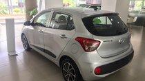 Hyundai Grand I10 1.2 MT màu bạc xe giao ngay, hỗ trợ vay NH, hỗ trợ đăng ký Grab. LH: 0903175312