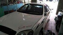 Bán ô tô Daewoo Lanos LS sản xuất năm 2002, màu trắng xe gia đình