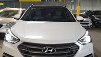 Hyundai Santafe Full xăng 2.4AT, 4WD, màu trắng, sx 2016 đăng ký 2017, xe lướt biển số SG