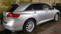 Cần bán xe Toyota Venza đời 2009, màu bạc, nhập khẩu còn mới