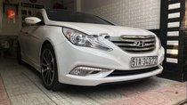 Cần bán gấp Hyundai Sonata đời 2012, màu trắng, nhập khẩu chính chủ, giá 620tr