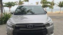 Gia đình bán Toyota Innova 2.0E đời 2017, màu bạc