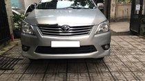 Bán Toyota Innova MT, Đk 2014, màu bạc, giá 495tr