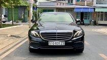 Cần bán Mercedes E200 đời 2017, màu đen