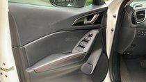 Bán ô tô Mazda 3 năm 2016 màu trắng, giá tốt