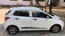 Bán ô tô Hyundai Grand i10 sản xuất năm 2015, màu trắng, xe nhập chính chủ