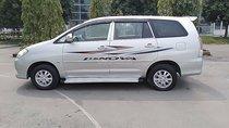 Cần bán lại xe Toyota Innova sản xuất năm 2009, màu bạc như mới