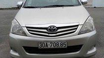 Cần bán xe Toyota Innova G năm sản xuất 2009, màu bạc như mới