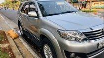 Cần bán xe Toyota Fortuner đăng ký cuối 2012, phom 2013, số sàn, máy dầu, 1 chủ mua mới