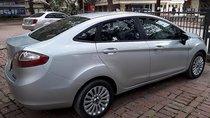 Cần bán gấp Ford Fiesta 1.6AT đời 2011, màu bạc như mới