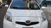 Cần bán lại xe Toyota Yaris 1.3 AT năm 2010, màu trắng