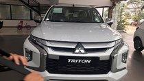 Cần bán Mitsubishi Triton sản xuất năm 2019, màu trắng, nhập khẩu nguyên chiếc