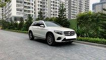 Bán xe Mercedes GLC 300 4Matic sản xuất 2017, màu trắng ngọc trinh
