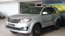 Cần bán Toyota Fortuner V 2.7AT năm sản xuất 2015, màu bạc, 768 triệu