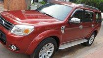 Bán Ford Everest Limited máy dầu 2.5 số tự động đời T9/2014 màu đỏ mới 90%
