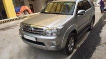Cần bán Toyota Fortuner 2011 số tự động, máy xăng, 2 cầu