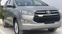 Cần bán Toyota Innova năm 2019, màu xám, giá tốt