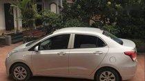 Cần bán gấp Hyundai Grand i10 đời 2015, màu bạc, nhập khẩu số sàn, giá 305tr