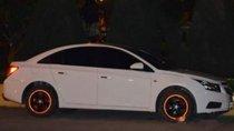 Cần bán Chevrolet Cruze sản xuất năm 2013, màu trắng chính chủ