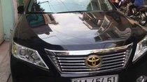 Cần bán Toyota Camry sản xuất 2013, màu đen