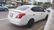 Cần bán Nissan Sunny XV đời 2015, màu trắng xe gia đình