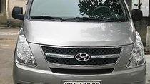 Cần bán Hyundai Grand Starex đời 2011, màu bạc, nhập khẩu