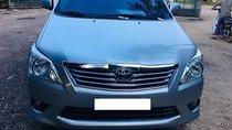 Cần bán gấp Toyota Innova E sản xuất 2013, màu bạc, giá 490tr
