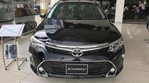 Cần bán Toyota Camry 2.5Q 2019, màu đen