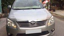 Toyota Innova 2012 số sàn màu bạc, biển SG 1 chủ sử dụng