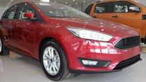 Bán xe Ford Focus Trend 5 cửa sx 2019, màu đỏ, giá hấp dẫn, giao ngay