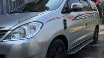 Bán Toyota Innova đời 2008, màu bạc xe gia đình, giá 390tr